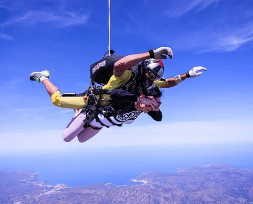 tandemski skok s padalom iz višine 4300m